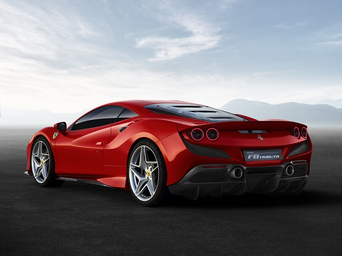 Mesin 8 Silinder Horsepower 720 Ferrari F8 Bergelar Best Engine