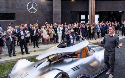 Sensual dan Berwawasan itulah yang ingin digambarkan Mercedez EQ Silver Arrow