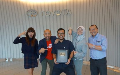 Google Indonesia Anugerahi Silver Play Button Buat Toyota