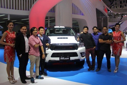 Toyota Dress Up All New Hilux TRD