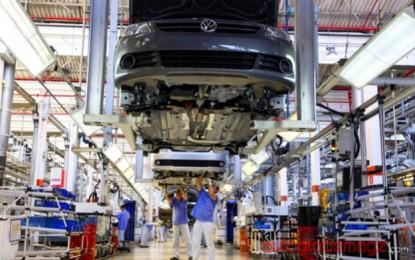 Volkswagen meningkatkan produksi di Cina