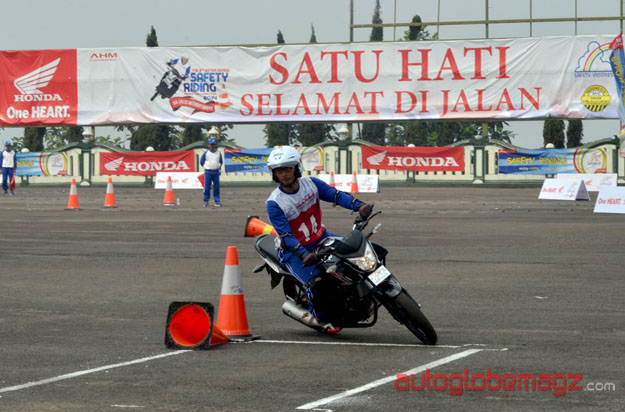 honda-motor-safety-riding-ke8