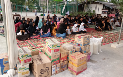 Grand Livina Club Indonesia (GRAVINCI) Charity Berbagi Yuk !!