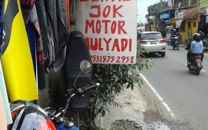 Servis Jok Motor di Bengkel ini Gratis Ngopi !!!