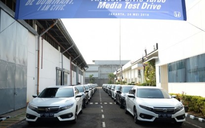 Bermanuver Sambil Merasakan Kenyamanan Honda All New Civic Turbo