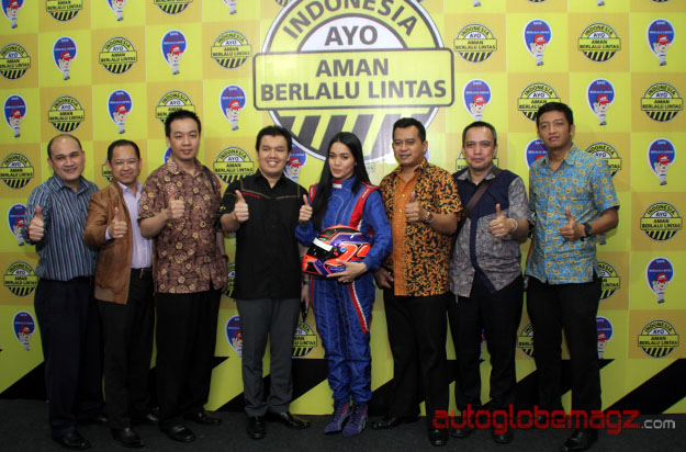 toyota-indonesia-aman-berlalu-lintas-bandung