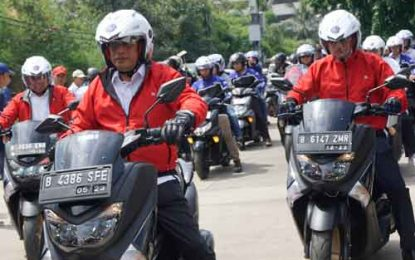 Kemenhub Pake Skutik Maxi Yamaha Gelar Safety Riding